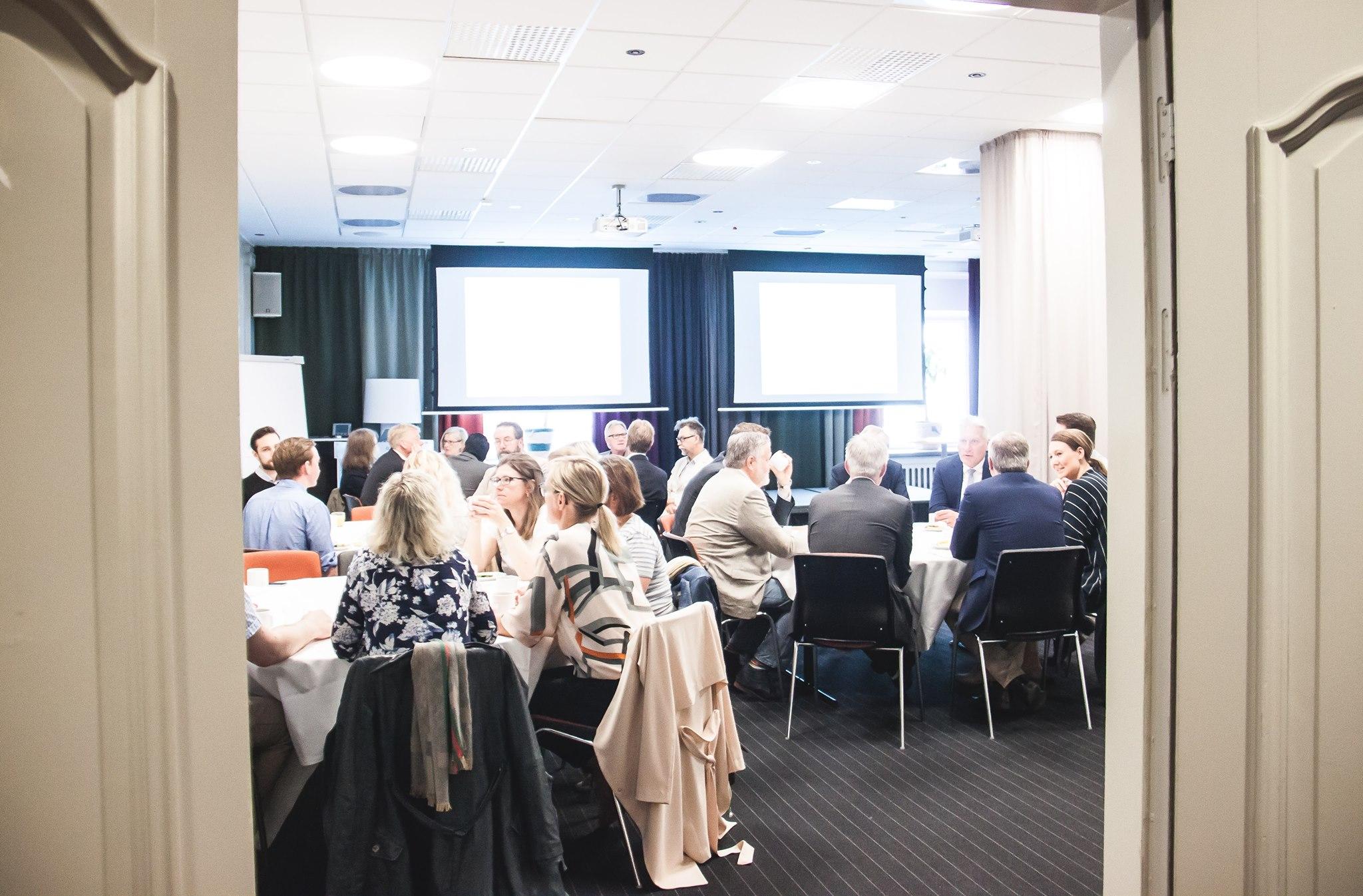 Värdeskapande möte i konferenssal