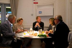Frukostmöte – Den kommunikativa organisationen